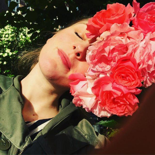 h at vre en rose i aftensolen Tallulah i ethellip